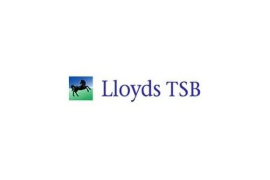 CSE organized a benchmarking visit with Lloyds TSB in London for CSR Managers.